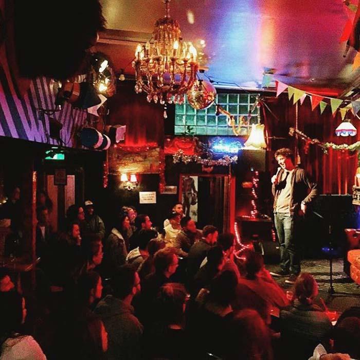 Book a Comedian Australia Daniel Townes